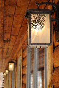 Decoration, Outdoor Lighting Fixtures At A Log Cabin Motel