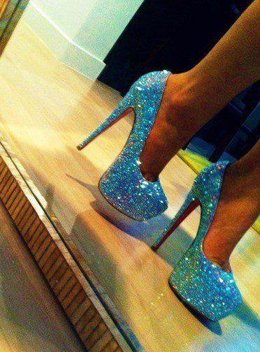 I LOVE these heels!! They a