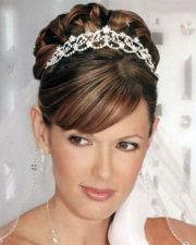 shoulder-length bridal hairstyles