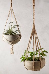 25+ Best Ideas about Hanging Planters on Pinterest ...