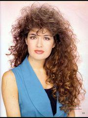 1041 curly hair