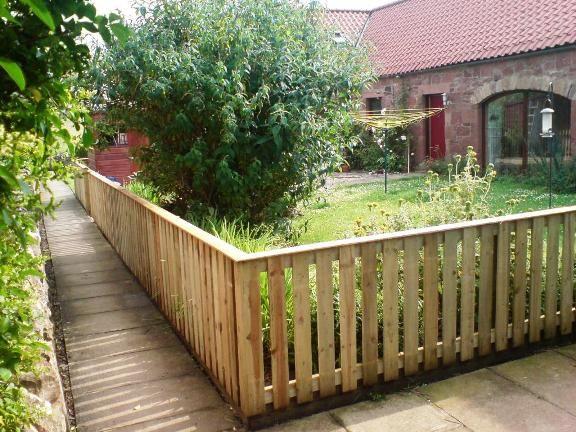 25 Best Ideas About Cheap Garden Fencing On Pinterest Cheap