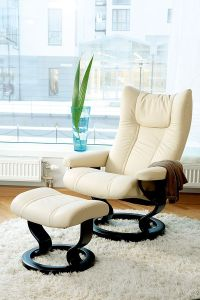 25+ best ideas about Leather Recliner Chair on Pinterest ...