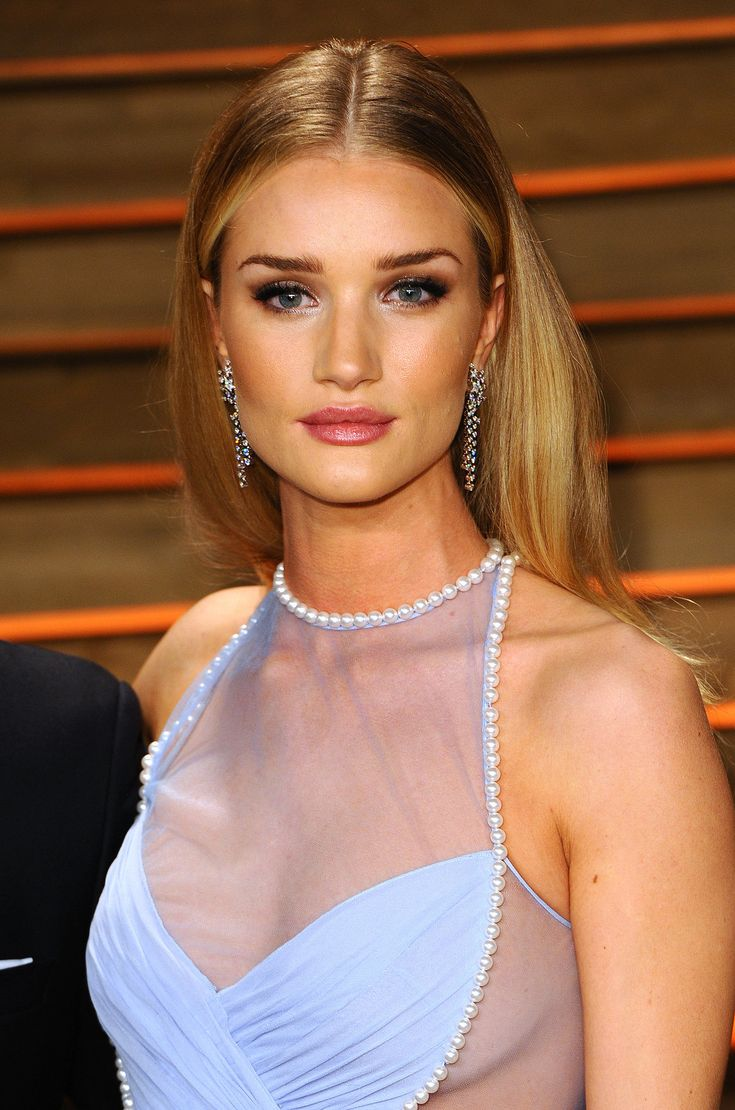 25 Best Ideas About Red Carpet Hairstyles On Pinterest Night