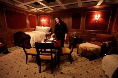 How To Decorate A Bedroom With A Titanic Theme Home