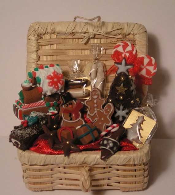17 Best images about Hampers Hunting on Pinterest Gift