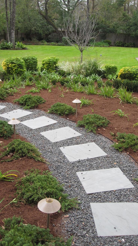 Flower Bed Gravel Pea Ideas