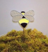 Bumble Bee Stained Glass Garden Art Stake | stainedglasswv ...