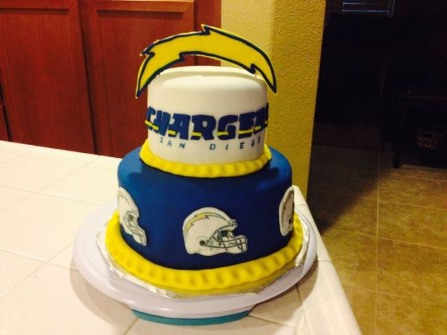 Chargers cake sports cakes pinterest love charger