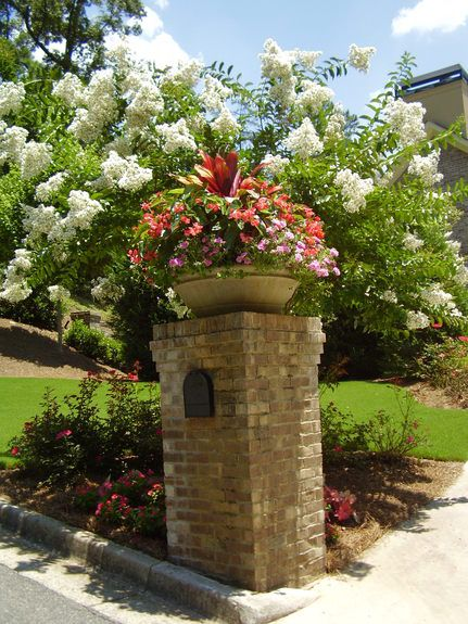 landscaping mailbox