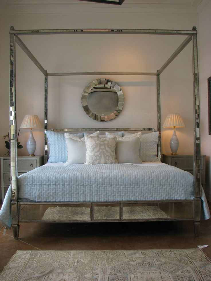 Mirrored four poster bed Obsessed  Sleeping  Dreaming