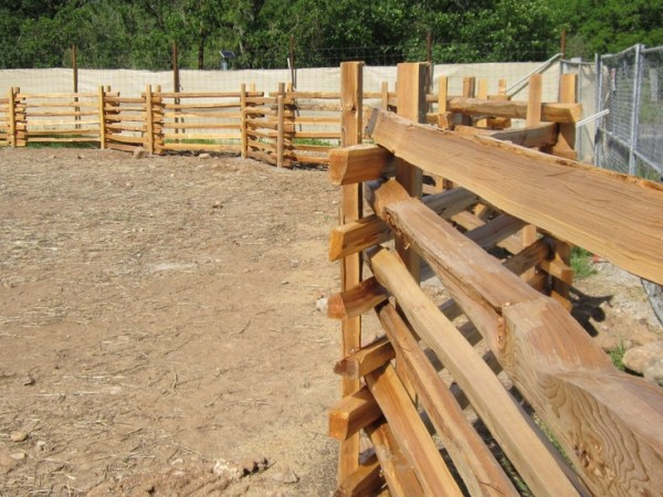 25+ Stacked Rail Fence Landscaping Pictures and Ideas on Pro