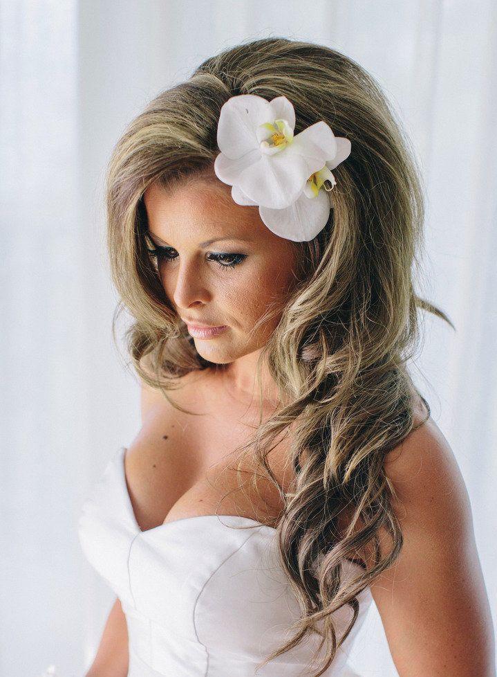 25 Best Ideas About Beach Wedding Hairstyles On Pinterest Beach