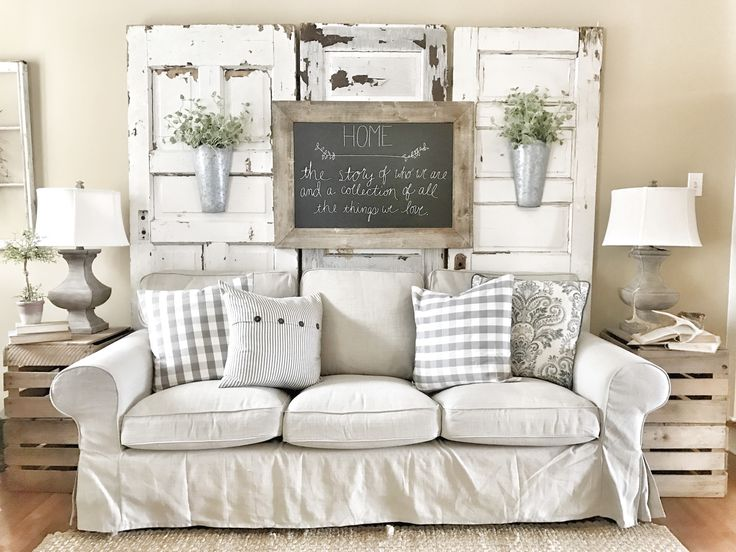 17 Best Ideas About Farmhouse Living Rooms On Pinterest