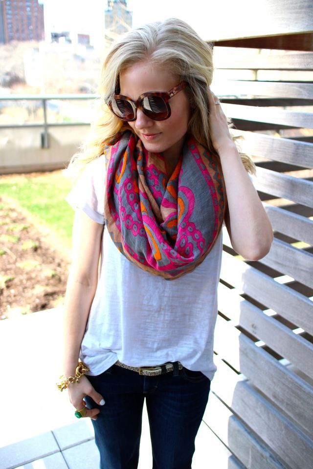 Spring infinity scarf and tortoise shell sunglasses | so cute if my style wasnt
