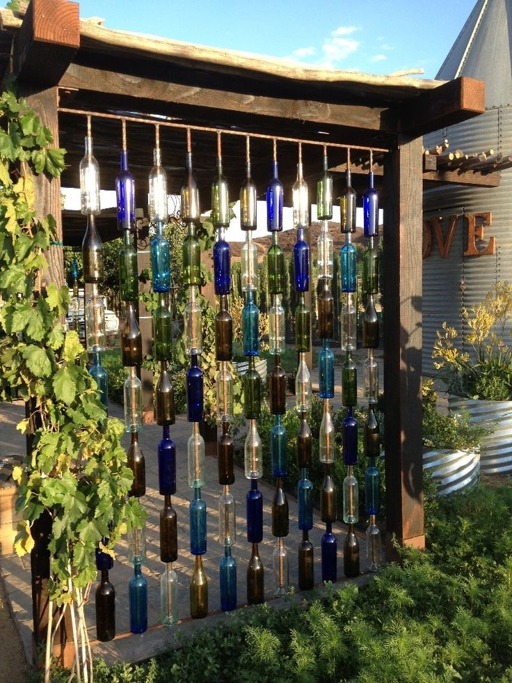 25 Best Ideas About Wine Bottle Fence On Pinterest Bottle Tiki
