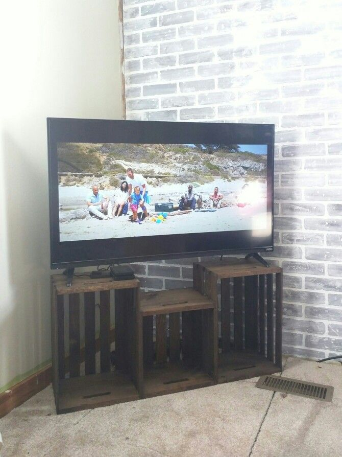 Best 25 Crate Tv Stand ideas on Pinterest  Tv stand decorations Wooden tv stands and Tv stand