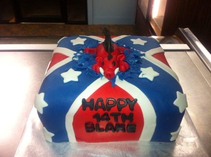 Best 25 Rebel flag cake ideas on Pinterest  Redneck wedding cakes Redneck weddings and Camo