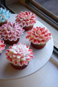 Super easy Marshmallow Chrysanthemums cupcake decoration ...