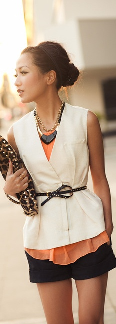 Classy way to wear shorts, the layers tied off with a skinny belt finishes the look. #www.inventyourimage.com: