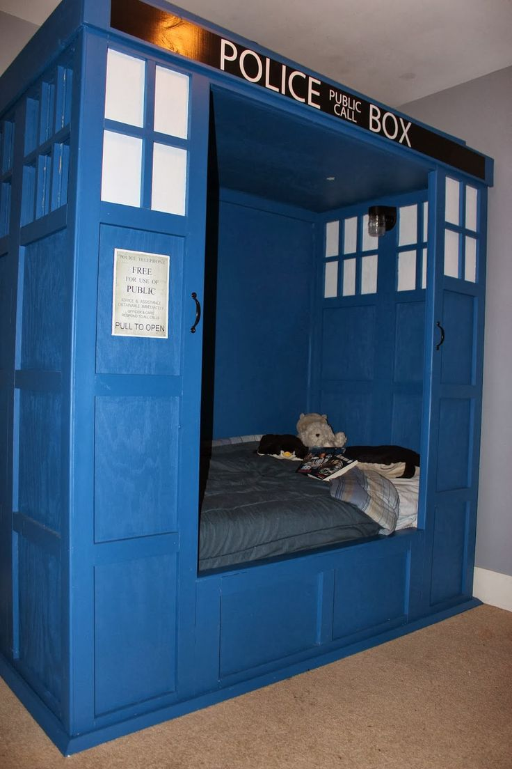 Dr Who TARDIS bed build Bedroom  My likes  Pinterest