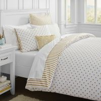 Bedding, White bedding and Gold on Pinterest