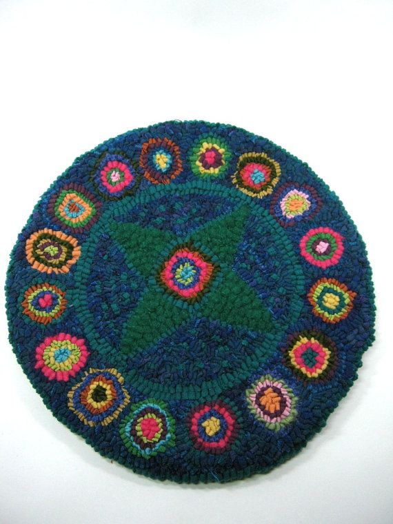 Rug hooked chair pad Primitive wool stool cushion Hot mat