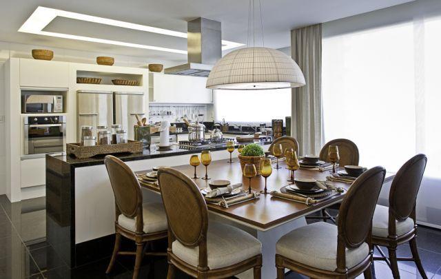 Cozinha De Apartamento De Luxo Mesa De Jantar Ilha Com Bancada E Fogo COZINHAS Pinterest