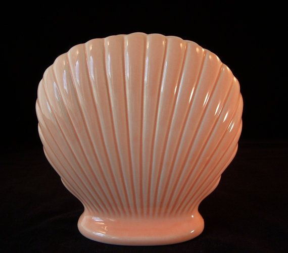 Vintage Seashell Vase Peach Scallop or Clam Shell Ceramic