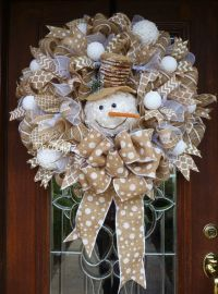 Best 25+ Winter wreaths ideas on Pinterest