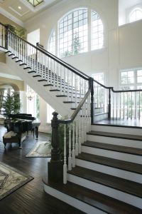 Suspended staircase open on all sides. | Dream Home ...