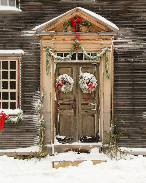 Primitive Girl Wallpaper Christmas Holiday Door Colonial Historical Door Wood Door