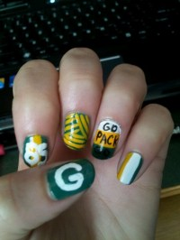 69 best images about GREEN BAY PACKER NAILS DESIGN on ...