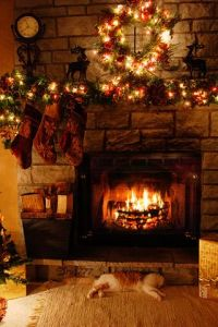 17 Best ideas about Christmas Fireplace on Pinterest ...
