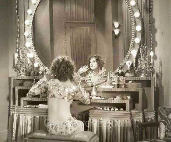 Gallery  Makeup Mirror  Women of the 1920s Mary