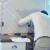 herringbone tile backsplash | Kitchen makeover | Pinterest ...