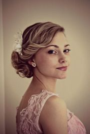 vintage wedding hairstyle side