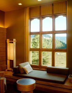 Bhutan also amankora gangtey suite lounge the kingdom of happiness rh pinterest