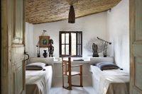 serge-castella-interiors-mediterranean-guest-house-01 ...