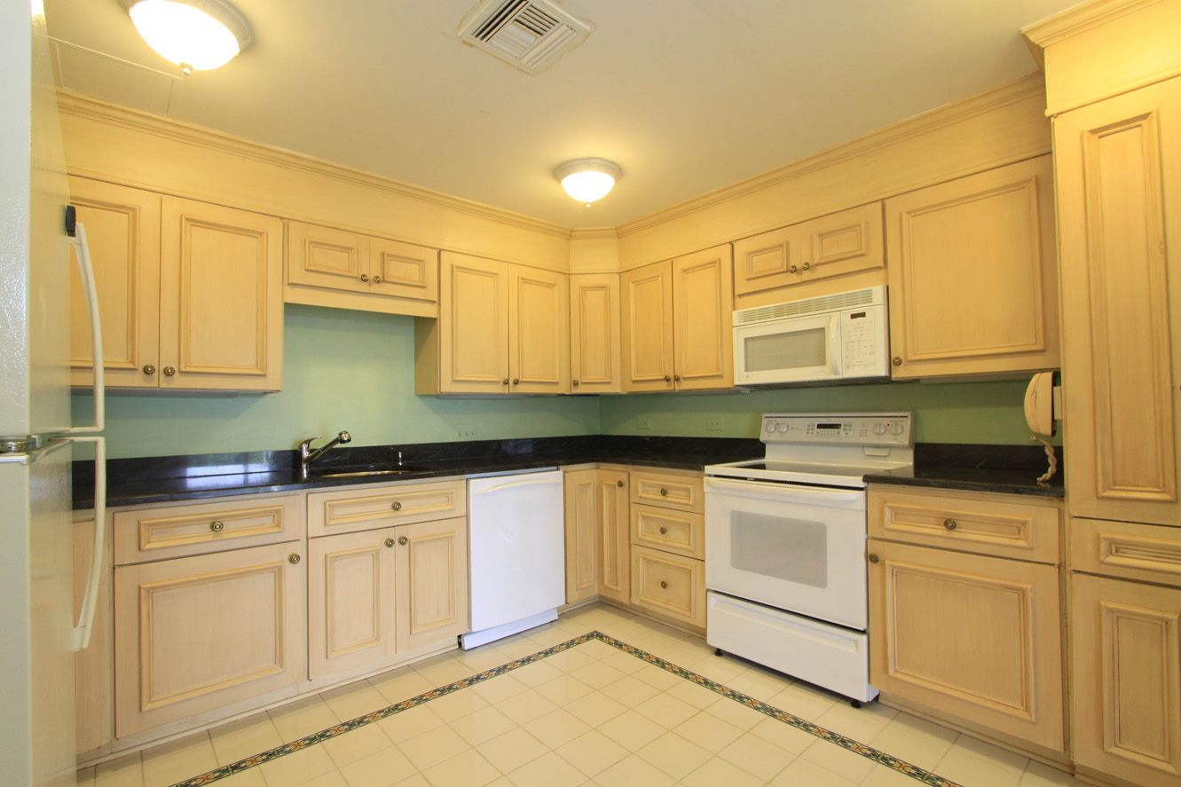 maple countertops kitchen and bathroom showrooms hanover house 5d cabinets white appliances