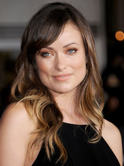 The 6 Best Haircuts For Square Faces Skimming Sideswept And
