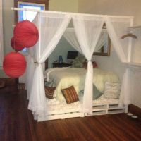 DIY Pallet Canopy Bed | For the Home | Pinterest | Canopy ...
