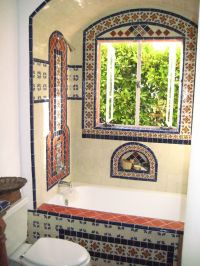 predominantly white field tile w/deco accents | El Nido ...