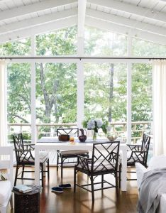 stylish dining room ideas take advantage of the view also inviting and lake cottage rh pinterest