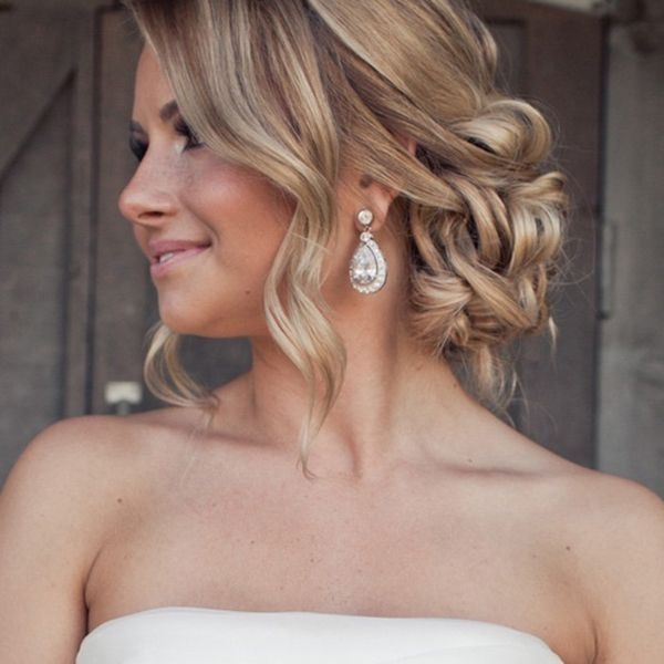 Gorgeous Wedding Hairstyle That You Are Fond Of Updo