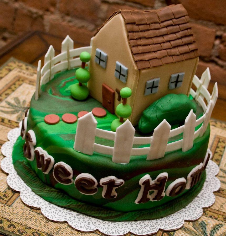 House Cakes House Pinterest House Cake Cake And Fondant