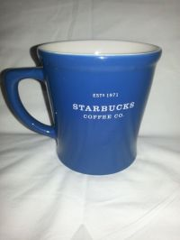 Starbucks Coffee Co 2008 Blue White Oversized 18 Oz Mug