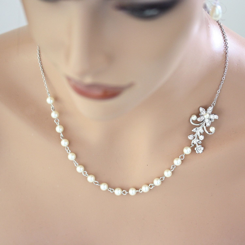 Pearl Bridal Necklace Vintage Rhinestone Flower  Simple