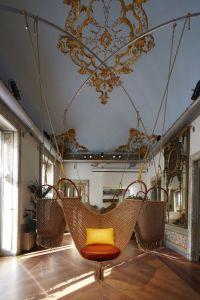 Louis Vuitton et lObjet Nomade au Salon du Meuble de ...