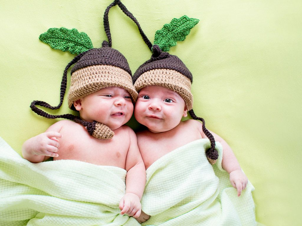 cute twins | babies > cute twins baby wallpaper | two peas in a
